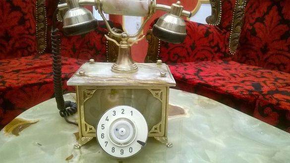 старинен бароков настолен телефон