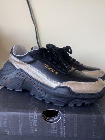 Дамски нови обувки