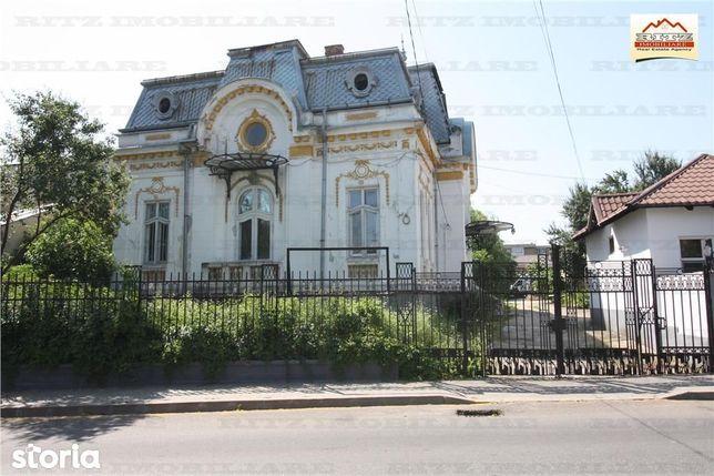 Investitie ! Casa Monument Istoric pretabila clinica, birouri,hotel bo