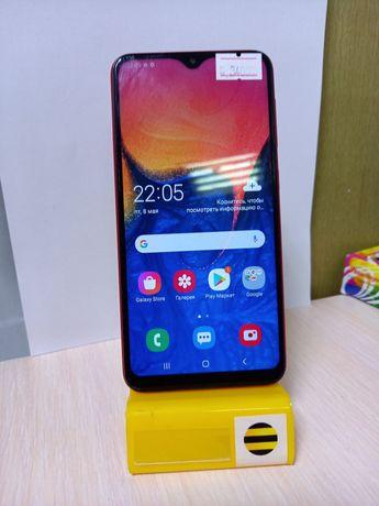 Продам телефон Samsung A10 32gb Red