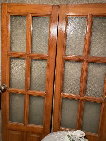 Продам межкомнатные двери 2шт