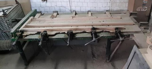 Presa lemn cu surub