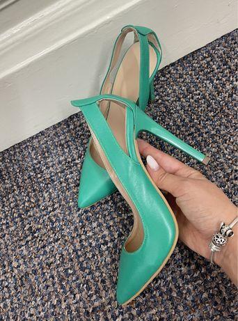 Pantofi superbi din piele, 35,5