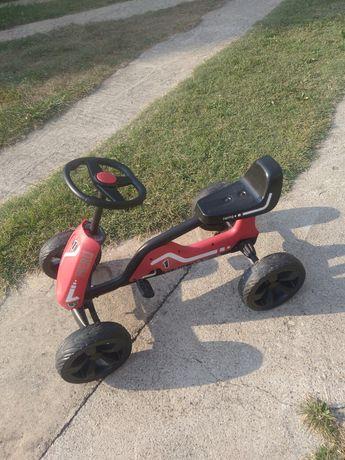 Детска количка с педали