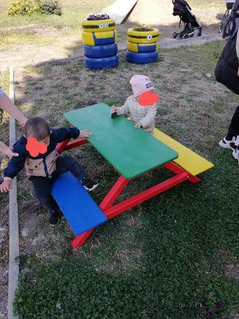Детска маса и пейка