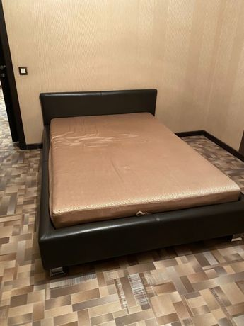Продам кровать полуторку в идеальном состоянии.