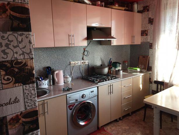 Продаю 3-х комнатную квартиру с гаражом  г.Абай