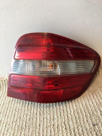 Lampă dreapta Mercedes ml.w164.