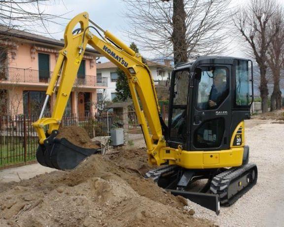 Excavator de închiriat, excavatii mecanizate
