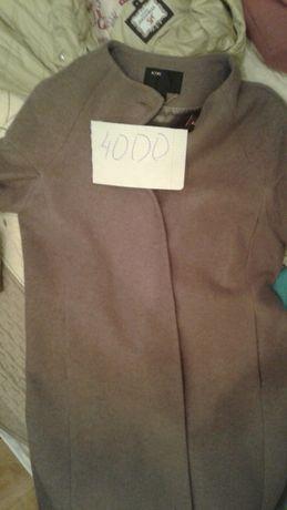 Продам пальто б/у но хорошого качество. В хорошом состоянии .