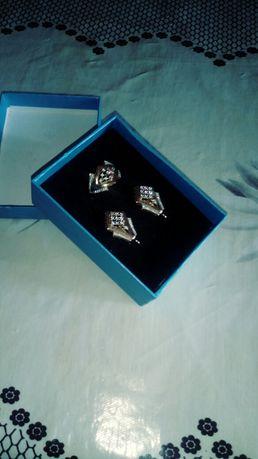 Продам набор золото 585