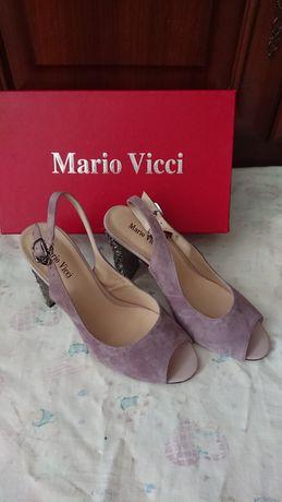 Срочно Продам красивые туфельки