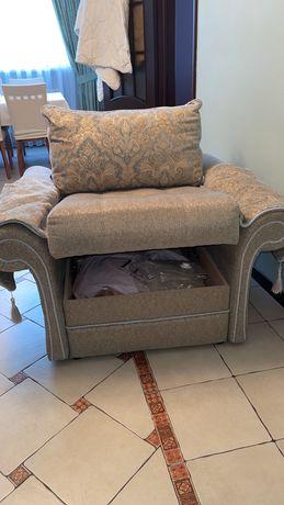Продаётся 2 кресла