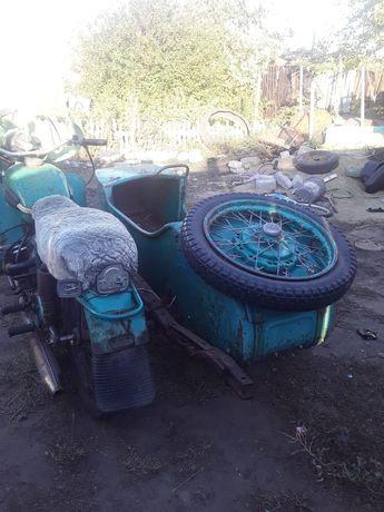 Продам мотоцикл урал .