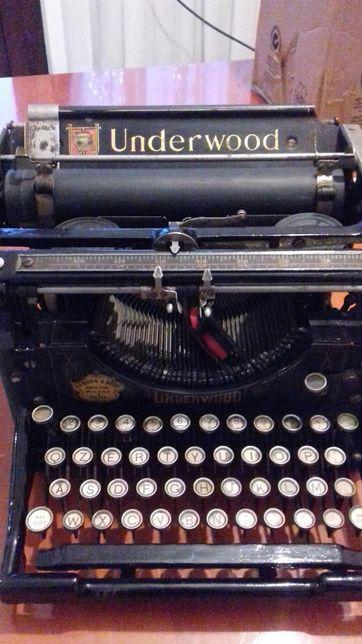 Masina de scris foarte veche tel 00393294912343