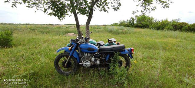 Мотоцикл Урал 12в