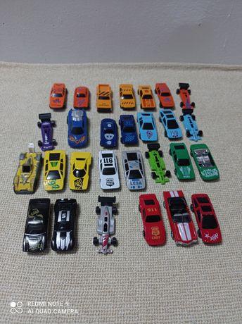 Lot de 28 Mașinuțe