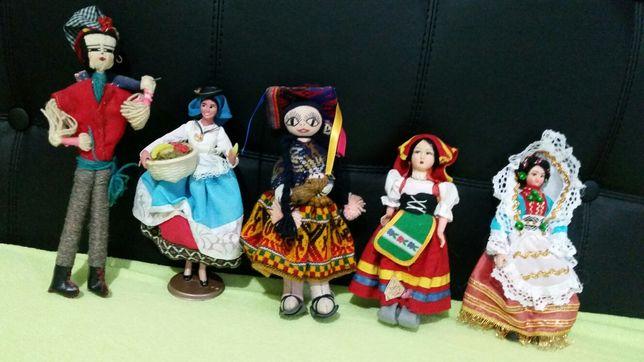 Păpuși miniatură vechi,lucrate manual,colecție