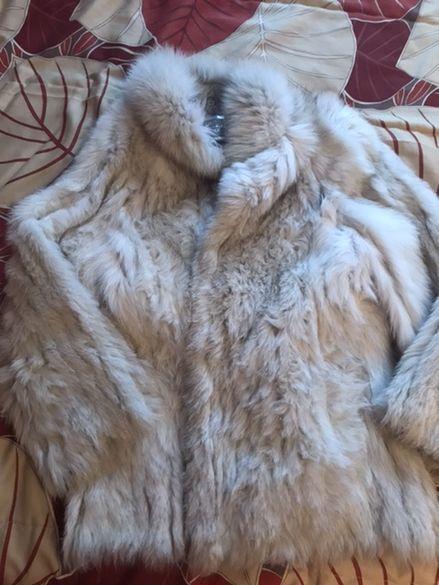 Страхотно палто от сребърна лисица