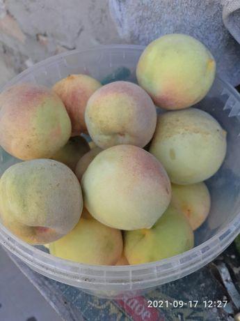 Персик - (нектарин)