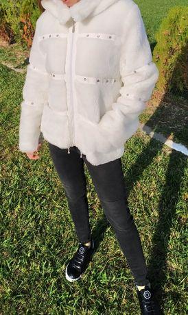 Топло бяло дамско яке