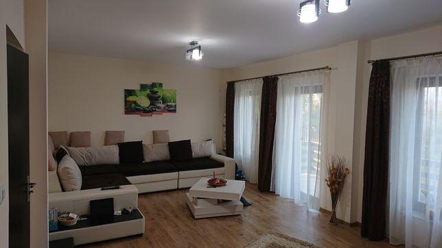 Casa si anexa in Miroslava