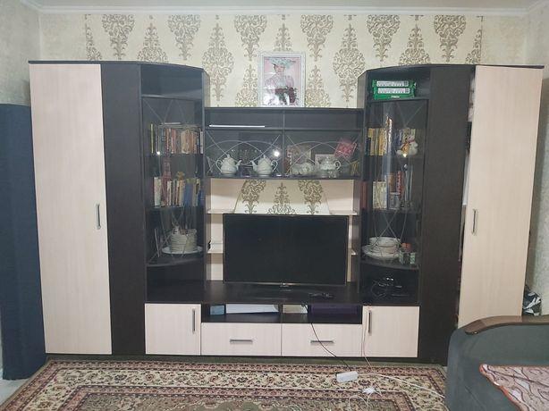 Продаём мебель, шкаф и прихожая