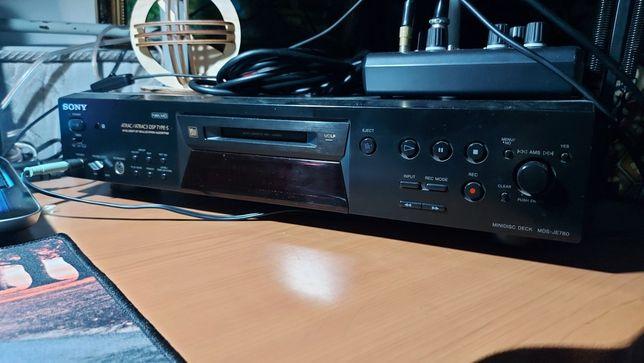 Продается минидисковая дека Sony 780
