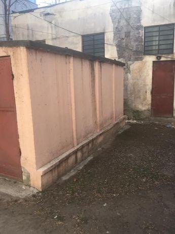 Vand garaj tip Concivia zona Buzaului
