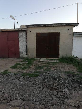Продается капитальный гараж на Голубых прудах!