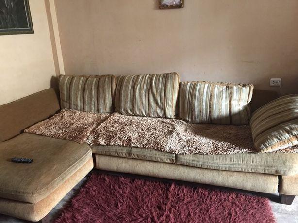Продам белорусский угловой диван.