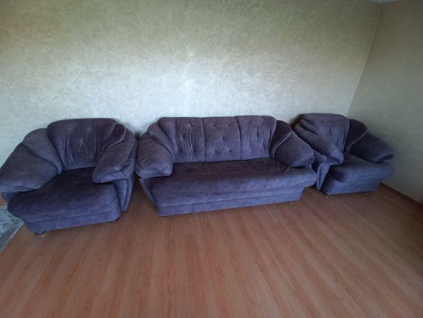 Шикарная мягкая мебель (уголок) - Диван, два кресла