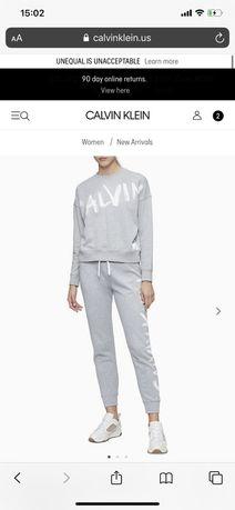 Спортивный костюм от Calvin Klein , размер С