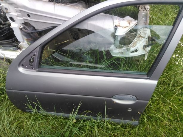 Portiere dreapta față și Spate dr și stg Renault Megan 1