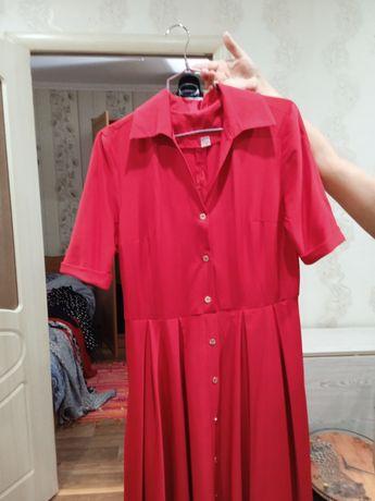 Продам красное платье