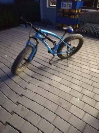 Vând fat bike albastru