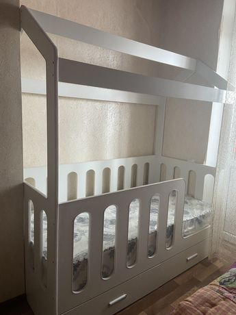 Кроватка домик кровать детская домик