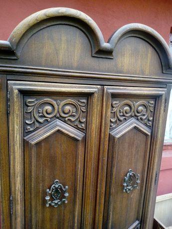 Dulap vechi sculptat lemn masiv Louis Philippe