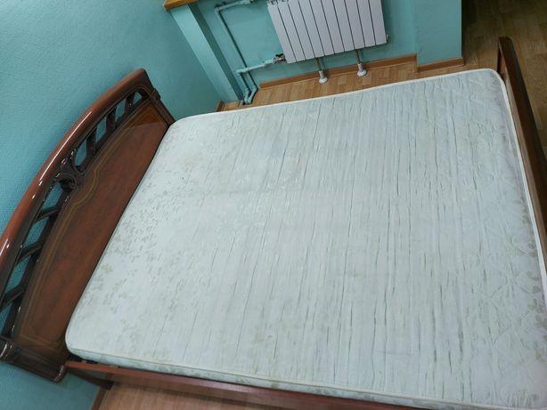 Срочно продам 2 х спальную кровать