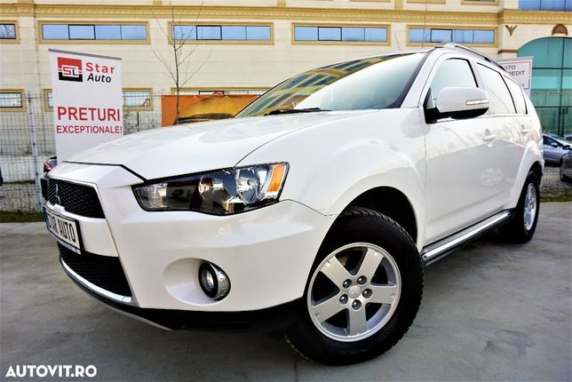 Mitsubishi Outlander Mitsubishi Outlander 2.0 DI D Intense 4WD POSIBILITATE/RATE
