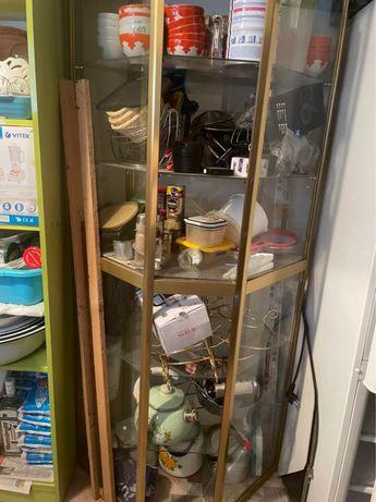Стеклянный шкаф продам