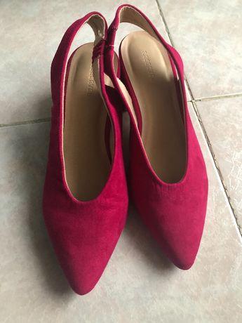 Цикламени Летни обувки / пантофки / сандали