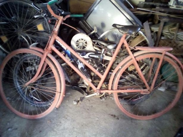 Vand / schimb bicicleta adulti