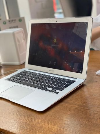 macbook air (13-inch 2017)