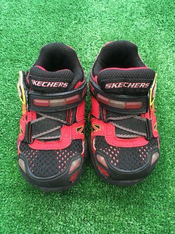 Светещи детски маратонки Skechers