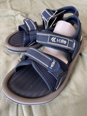 Продаю сандалии