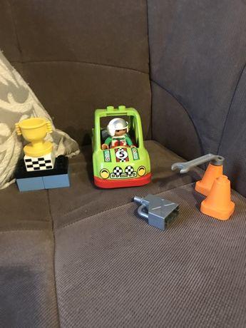 Lego Duplo, masina de curse, Fulger Mcqueen cu sunete