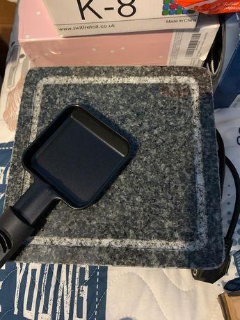 Grill electric cu Granit