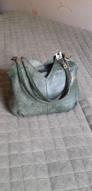 Необычная шикарная сумочка! Натуральная кожа газели! Цвет зеленый!