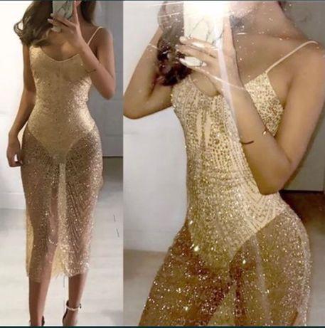 Rochie transparentă strălucitoare cu body